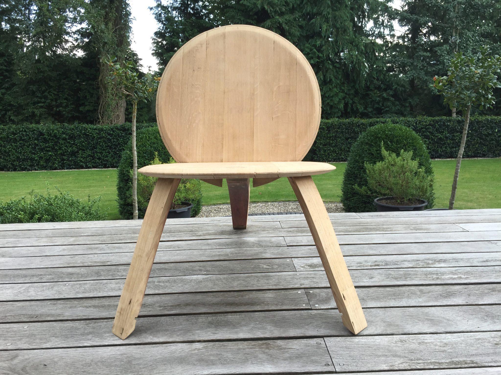 Design stoel van wijnvat